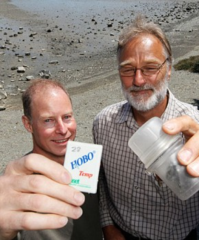 Tom Matheson, left, and Nelson City Council's Paul Sheldon with the temperature monitoring equipment Mr Matheson found washed up on a beach at Monaco and returned to the NCC by tracking the serial number with the manufacturer. Photo: MARTIN DE RUYTER/FAIRFAX NZ